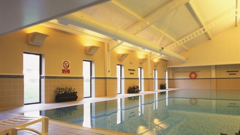 Wokefield park Wellington swimming pool opening times
