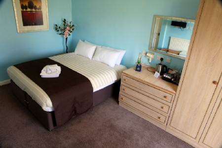 Mill Rythe Holiday Village - image gallery 9