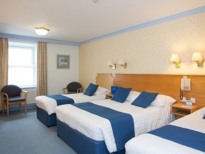 TLH Carlton Hotel (3 Star) - image gallery 8